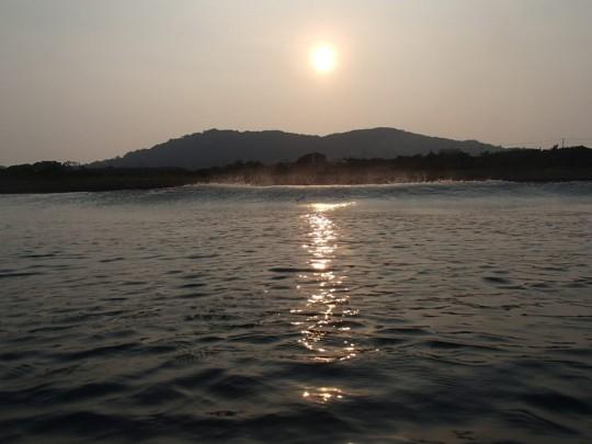 南房総の海からの夕日、水中撮影