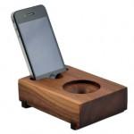 木製のアンプ