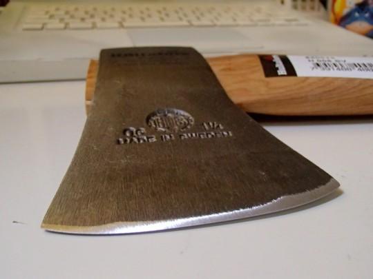 Hultafors(フルターフォッシュ) 手斧 ハチェット・スカウトの刃