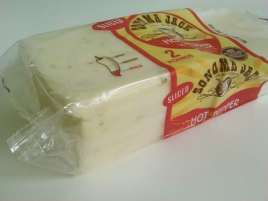 コストコで買ったSONOMA JACKのホットペッパースライスチーズ横から