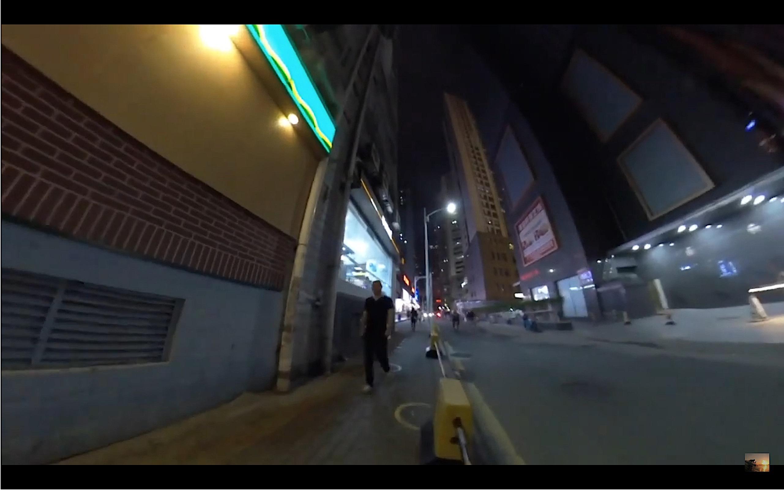 深セン ウィンダムグランドホテル近くの夜の裏通り1