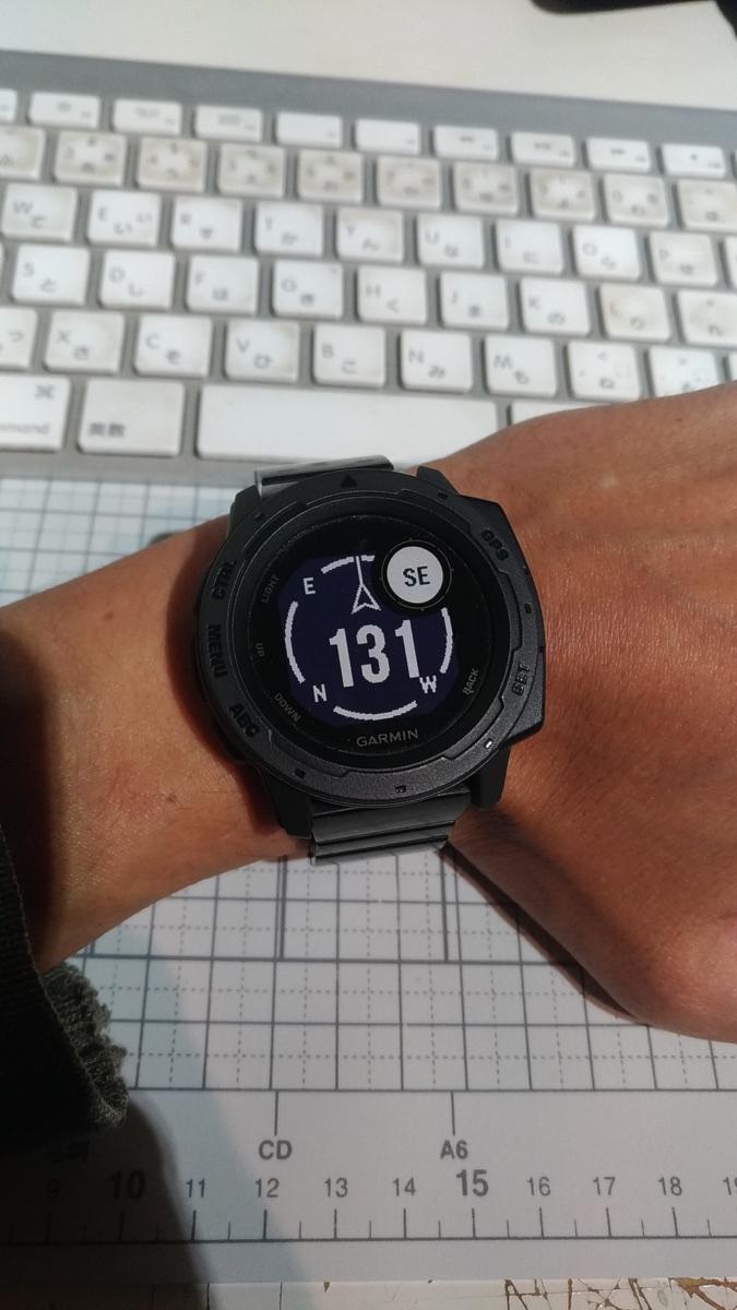Garmin InstindtとSONY wena wrist proでコンパス_[0]