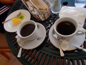 アクシオン ランチ コーヒーのサービスとデザート