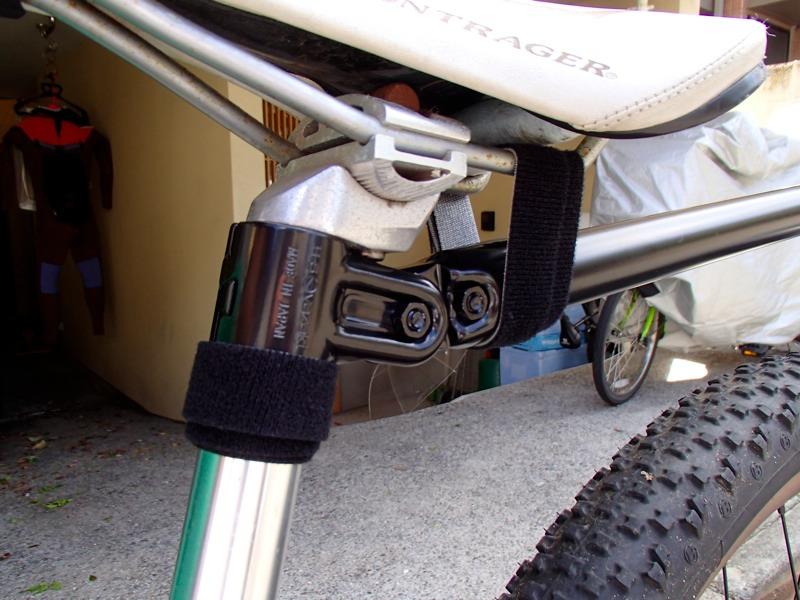 マウンテンバイクのシートポストとの接続部