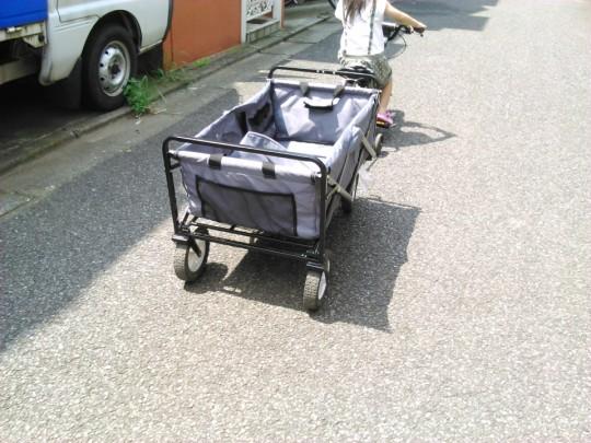コストコの折りたたみワゴンをHARO Z12で牽引
