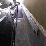 CX-8 幅270cmの駐車場に入れて右側を40cm程度確保