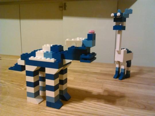 晩酌ついでに、レゴで2つ目のオリジナル作品、カバ的な1