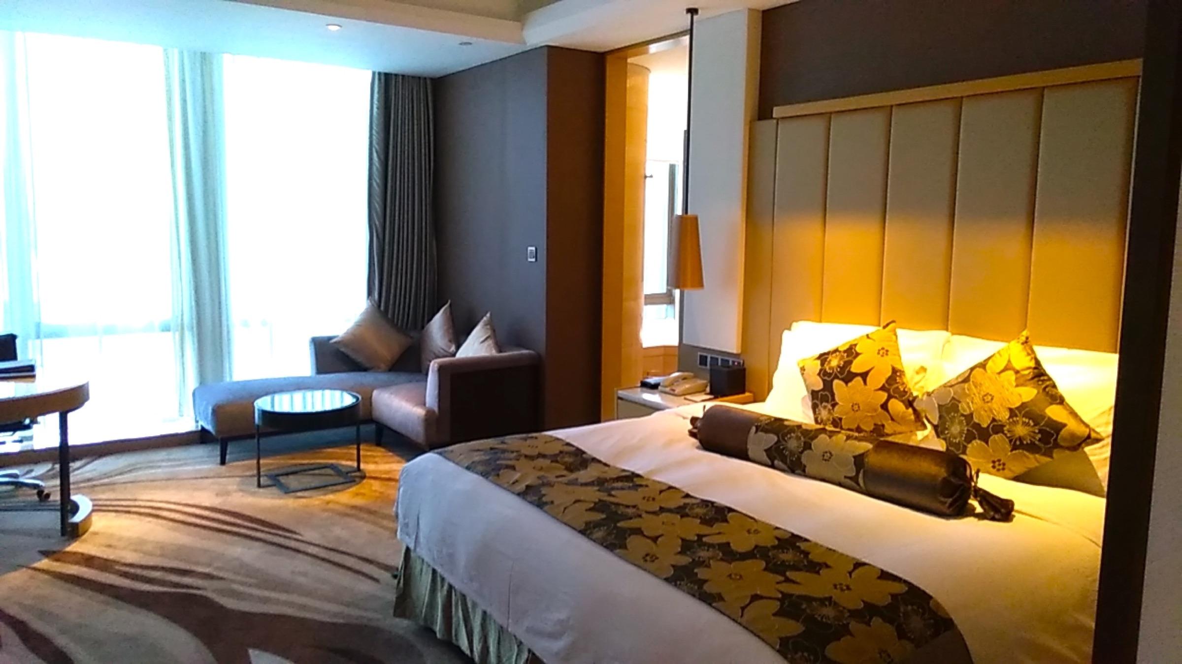 中国 深セン 福田 ウィンダム・グランド・ホテルの室内 ベッド1 Shenzhen Futian Wyndham Grand Hotel_[0]