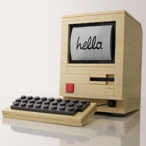 レゴで作ったApple Macintosh 128K