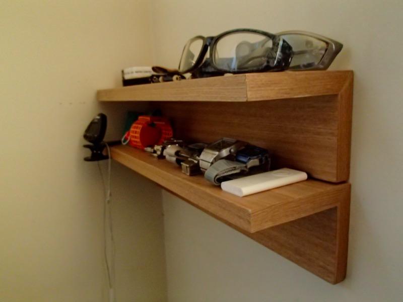 無印の壁に付けられる家具の棚
