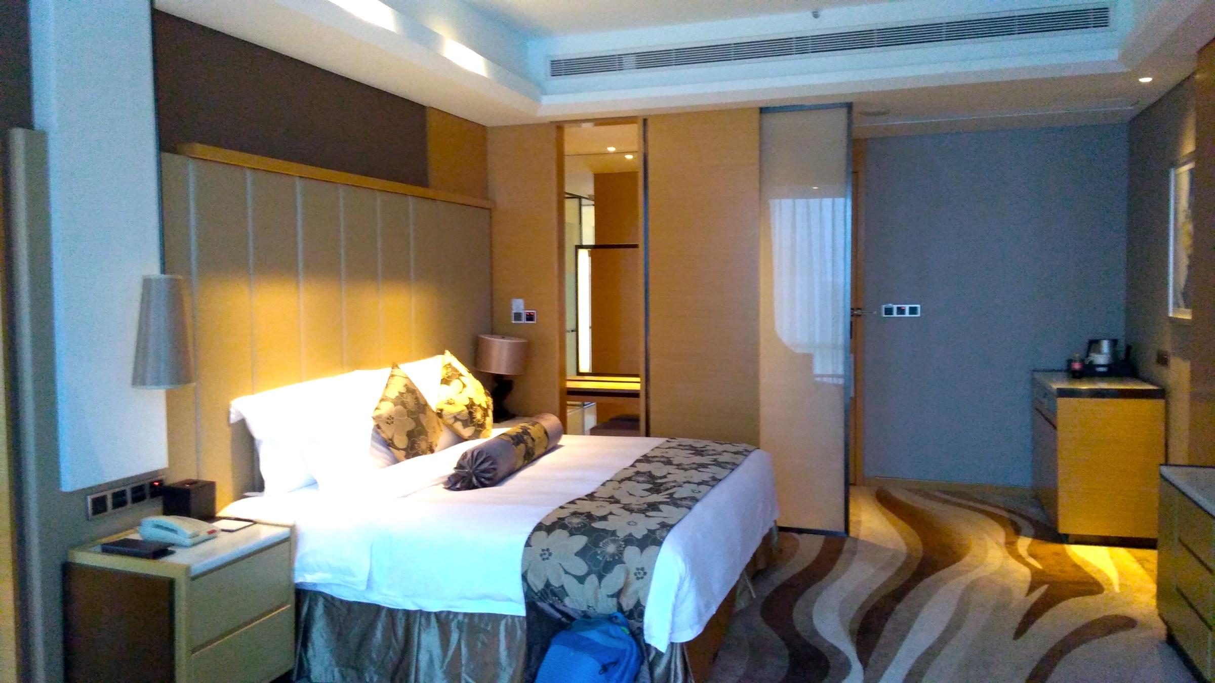 中国 深セン 福田 ウィンダム・グランド・ホテルの室内 ベッド2 Shenzhen Futian Wyndham Grand Hotel_[0]