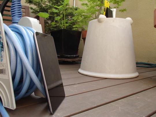 Nexus7でTimelapseで小玉スイカのつるを撮影