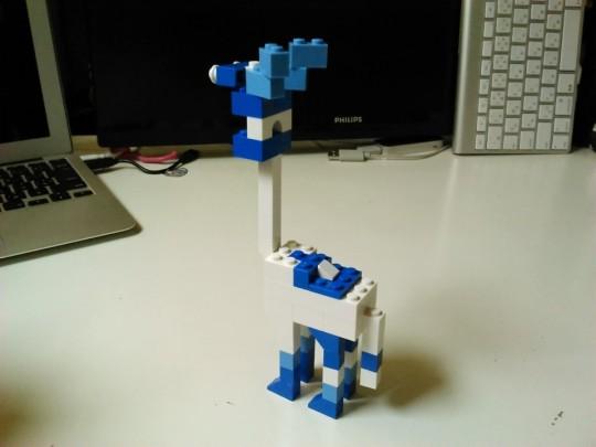 レゴ アイディアブックを参考に青いキリン的な動物を自作2